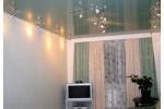 Глянцевые одноцветные потолки