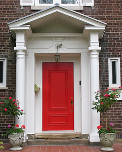 Стальные двери для загородного дома